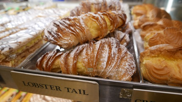 indulge like a food in NYC - what to eat in New York Ferrara Bakery lobster tail chocolate cannoli