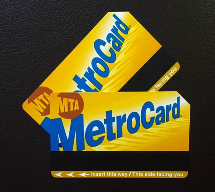 tips for tourists visiting New York - metrocard