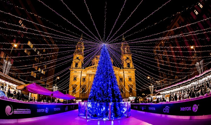 10 Must-Visit Christmas Markets Around the World for Foodies Budapest Christmas Fair