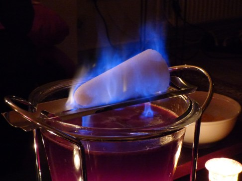 10 Must-Visit Christmas Markets Around the World for Foodies Manchester Feuerzangenbowle