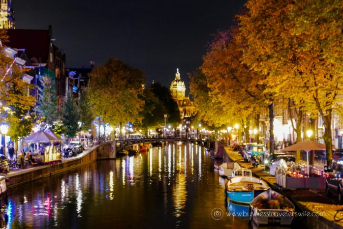 10 Interesting Things to Do in Amsterdam - Night Canal