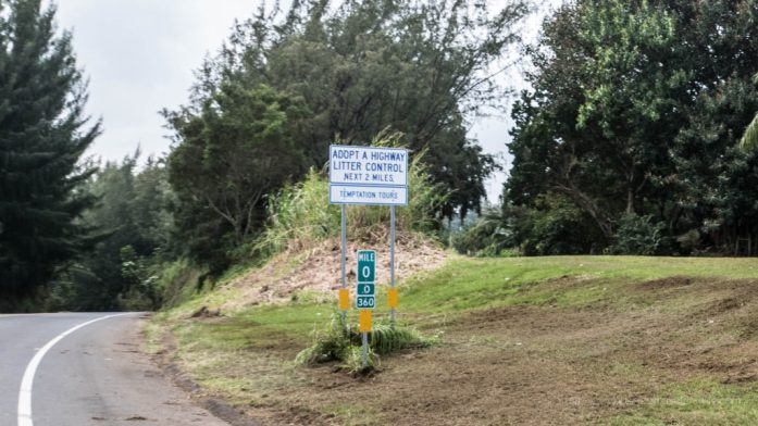 10 Memoraable Stops in Road to Hana for A Self-Drive Tour Maui, Hawaii Mile zero mile marker