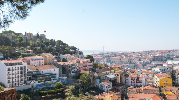 15 Travel Tips for Your First Trip to Lisbon Portugal Free Walking Tour Chill Out Tour-4