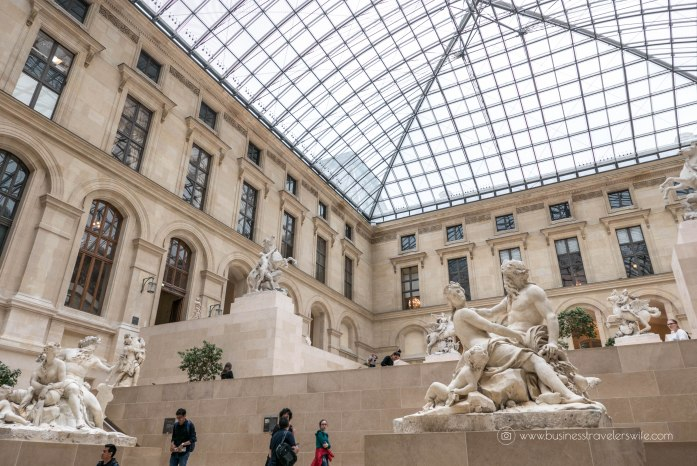 15 Untold Tips for Tourists Visiting Paris Louvre