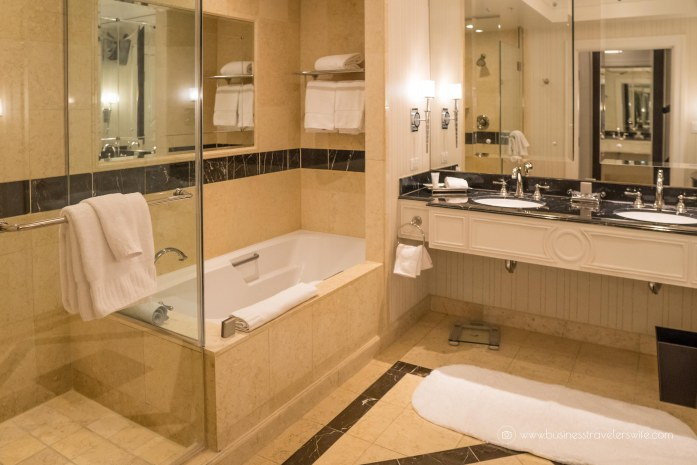 Las Vegas Travel Hack Using myVEGAS Rewards and Hotel Comps Palazzo Deluxe Suite