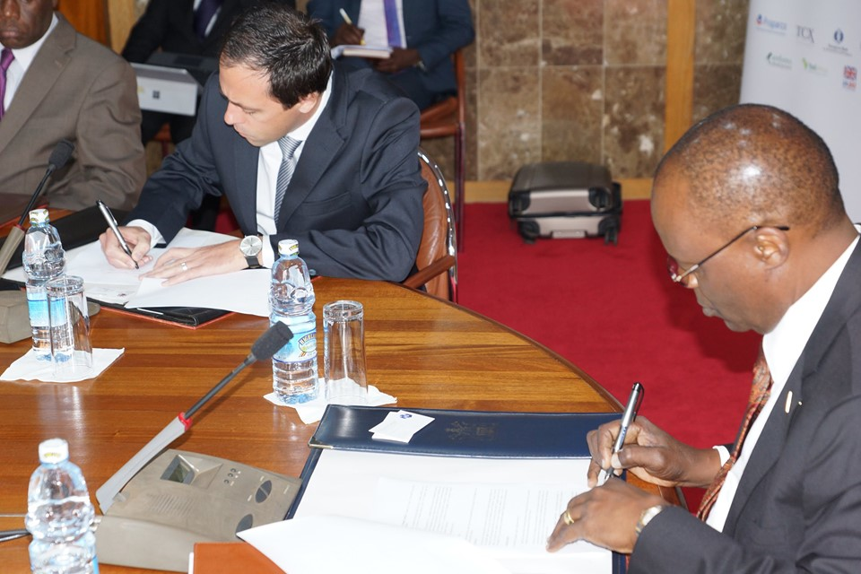 According to the central bank, the memorandum reflects a shared intention and commitment to jointly support the development of the interbank market in Uganda.