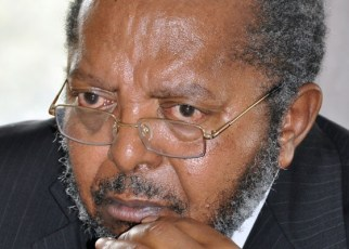 Despite the ongoing conversation that some Bank of Uganda officials printed an extra Ush90b, which was suspiciously loaded on a BoU chartered plane into Uganda's economy, Governor Emmanuel Tumusiime Mutebile has this afternoon decided to maintain the Central Bank Rate at 10% amidst the fears.