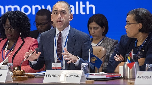Commonwealth finance ministers have recognized the potential of technology to improve debt transparency while urging closer collaboration to resolve tax challenges arising from growing digital commerce.