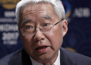 Yu Yongding, a former president of the China Society of World Economics and director of the Institute of World Economics and Politics at the Chinese Academy of Social Sciences, served on the Monetary Policy Committee of the People's Bank of China from 2004 to 2006.
