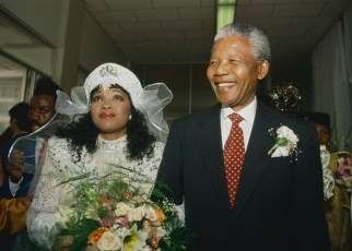Zindzi Mandela, the youngest daughter of South Africa's first black president Nelson Mandela and anti-apartheid activist Winnie Madikizela-Mandela, has died at the age of 59.