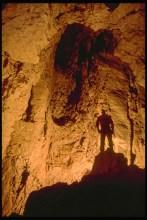 Il Camino della corda rossa nel Ramo dei Ghiri, risalito senza successo (foto archivio GSM)