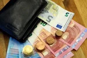 Welche Bußgelder in Deutschland drohen? Der Bußgeldkatalog bündelt sämtliche Infos.