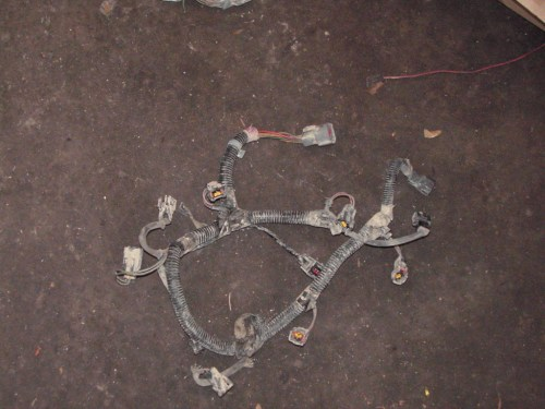 small resolution of here is the part of the harness that lays over the engine it has the injector connectors tps coolant temp and iac connectors