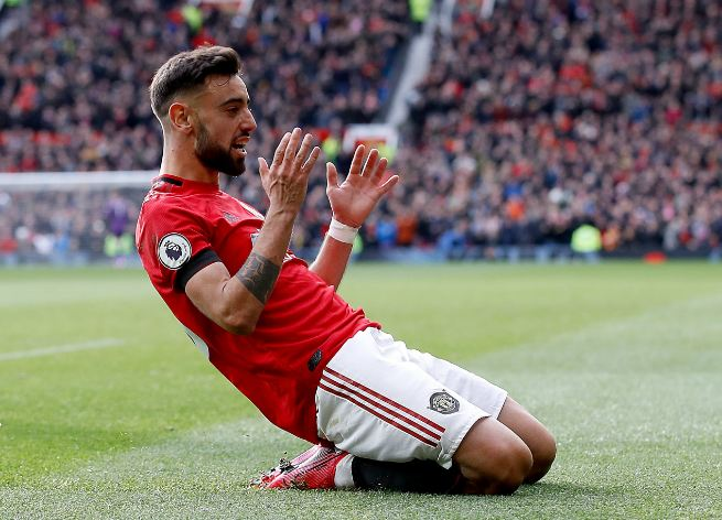 Bruno-Fernandes-Player-Of-The-Month-March-Manchester-United-BusybuddiesNG