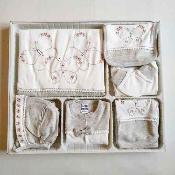 Kız Bebek Prenses Taç Süslemeli 10lu Hastane Çıkışı Kopya 01 - Gaye Bebe Kız Bebek Kelebek Süslemeli 10'lu Hastane Çıkışı