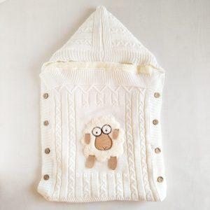 kiz bebek citcitli fluffy kundak 0 6 ay 01 scaled - Unisex Bebek Kuzu Motifli İçi Peluş Triko Kundak