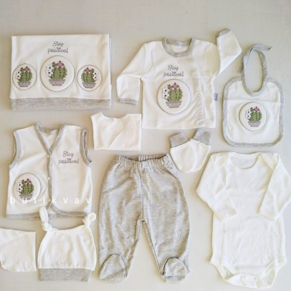 gaye bebe kanavice kaktus islemeli 10 lu hastane cikisi gri 01 scaled - Gaye Bebe Kanaviçe Kaktüs İşlemeli 10'lu Hastane Çıkışı Gri