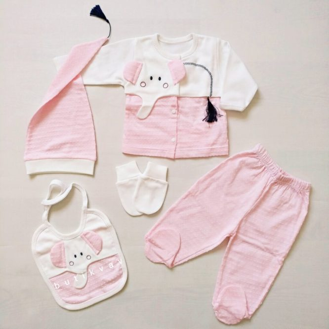 gaye bebe kuyruklu fil 5 li hastane cikisi zibin seti 01 scaled - Gaye Bebe Kuyruklu Fil 5'li Hastane Çıkışı Zıbın Seti