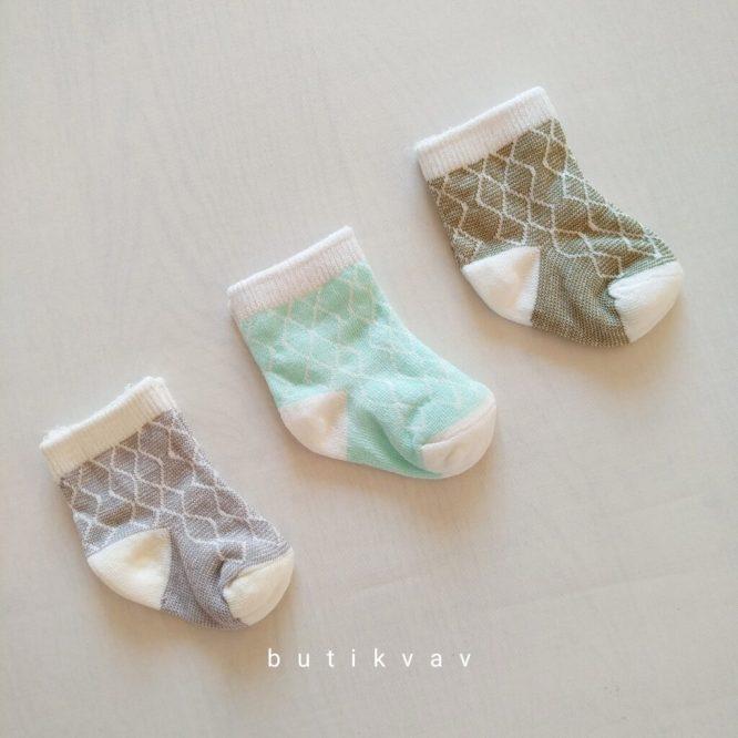 gaye bebe uyuyan tavsan yelek mavi 1 3 ay 01 scaled - Yenidoğan Erkek Bebek 3'lü Çorap
