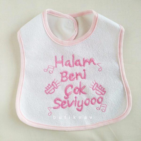"""teyzem beni seviyor bebek onlugu mavi 03 scaled - """"Halam beni seviyor"""" Bebek Önlüğü - Pembe"""