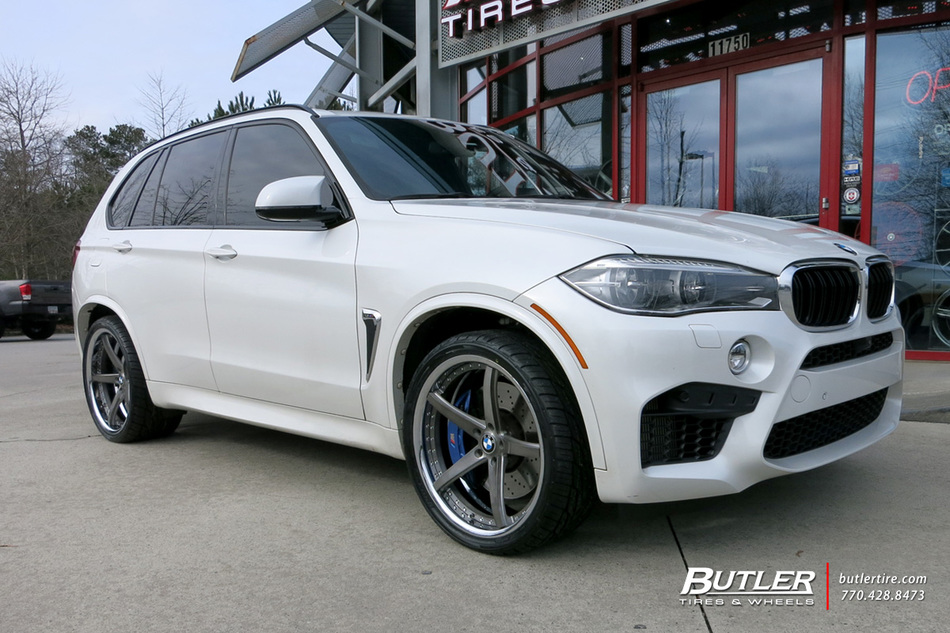 BMW X5M with 22in Savini SV44 Wheels exclusively from