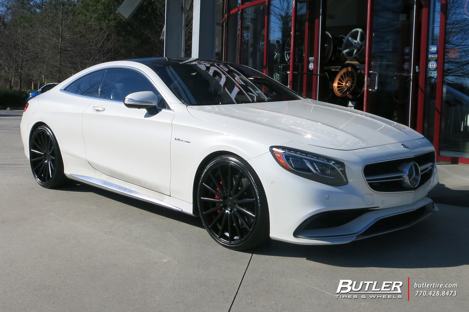 Mercedes S Class Coupe With 22in Vossen VFS2 Wheels