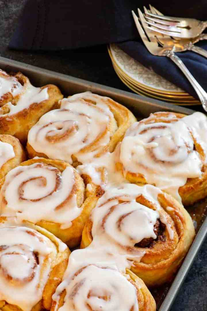 A tray of The Pioneer Woman's Cinnamon Rolls