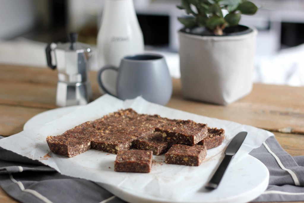 Healthy Chocolate Crackle Bars (GF, V, R) | Butter Baking