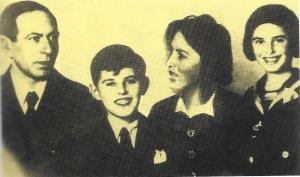Petr and Eva Ginz with their parents before the war.