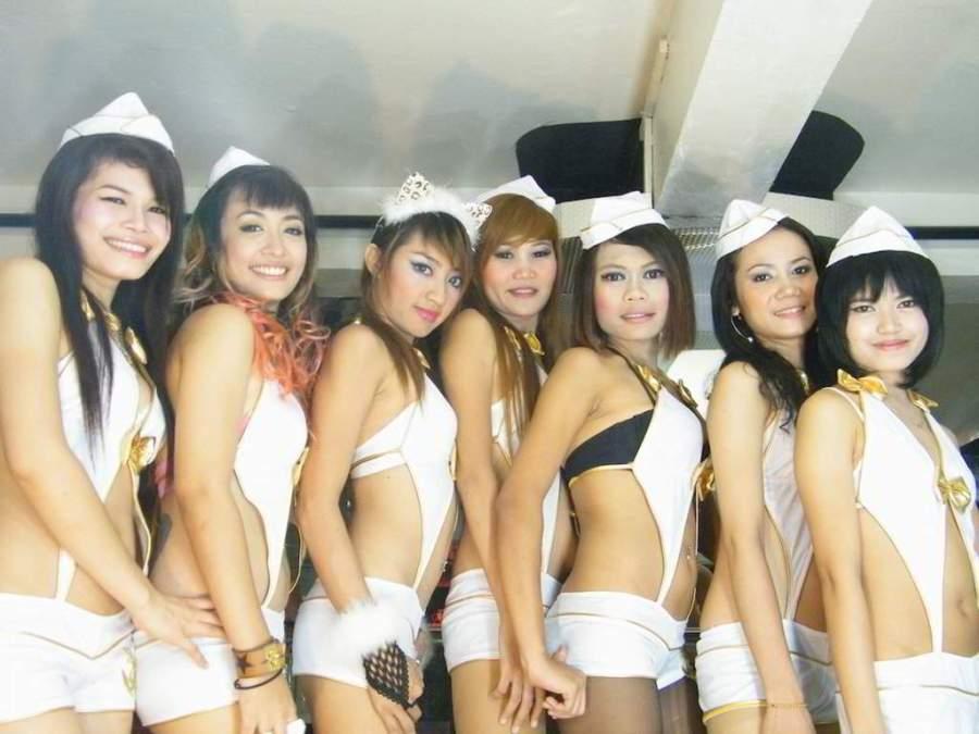 Sahara Go-Go Bar Girls Bangkok Soi Cowboy