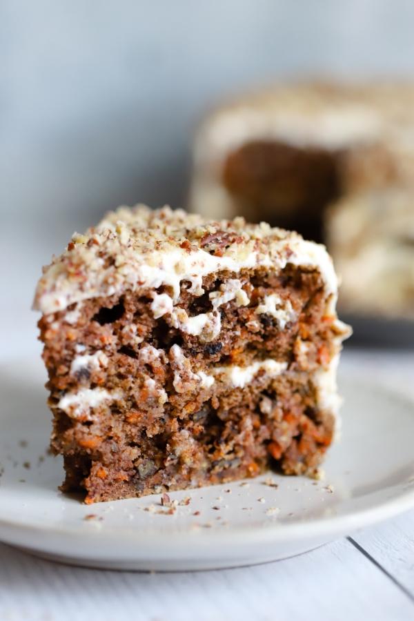 a single carrot cake slice close up