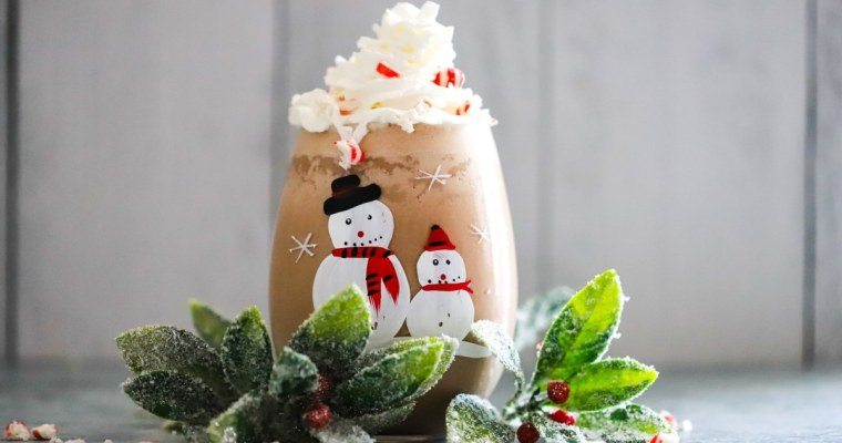 Keto Chocolate Peppermint Shake