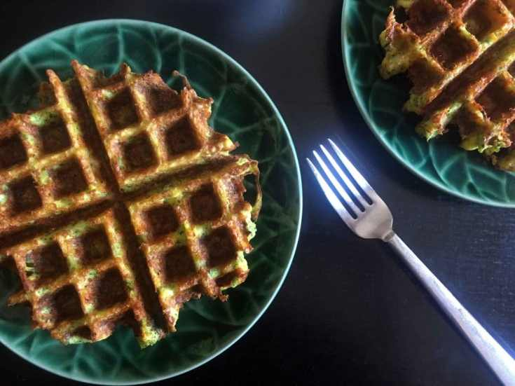 Broccoli Chaffles [Low Carb & Keto]