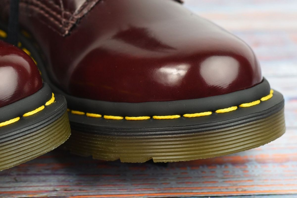 oroginal dr martens yellow stitching