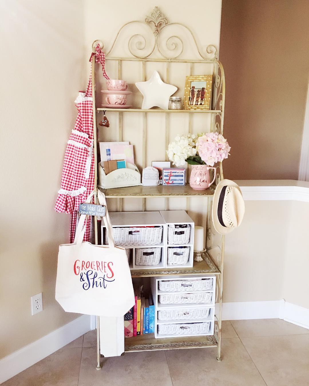 bakers rack ideas for your kitchen