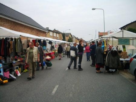 foto's rommelmarkt 2007 028