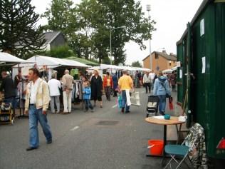 foto's rommelmarkt 2007 090