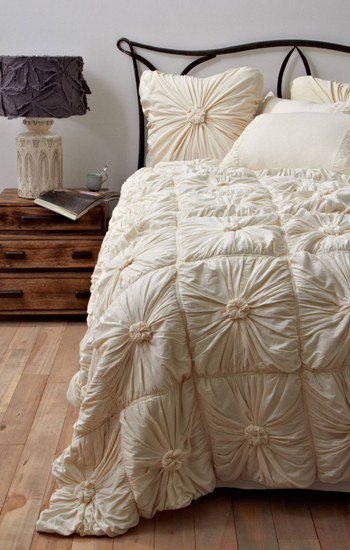 Anthropologie Rosette Home Bedding Quilt