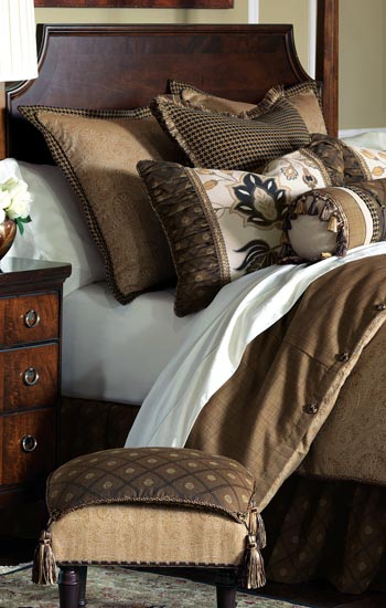 Eastern Accents Bedding Aston