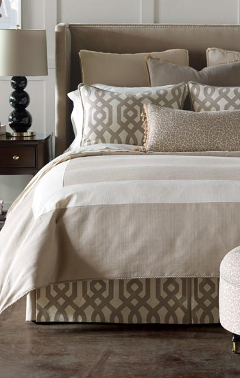 Eastern Accents Rayland Bedding