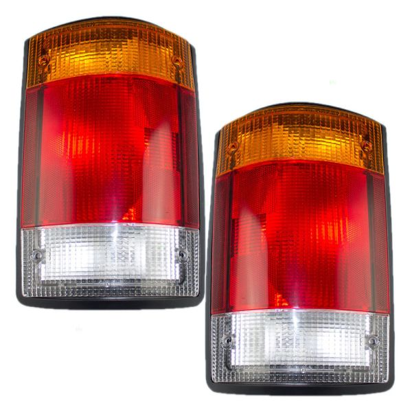Travel Supreme Envoy Replacement Tail Light Pair (Left & Right) with Gasket
