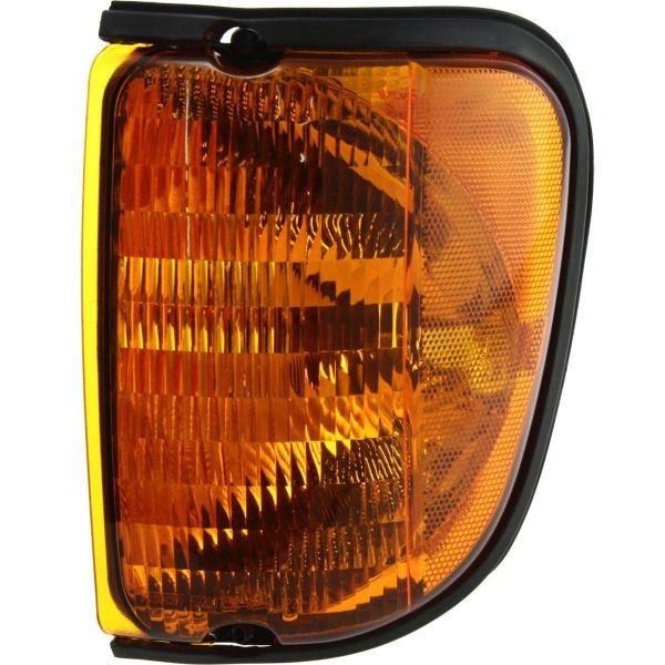 Winnebago Chalet (Class C) Replacement Left (Driver) Replacement Corner Turn Signal Lamp Unit