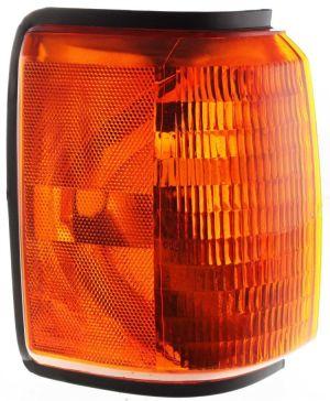 Fleetwood Bounder Right (Passenger) Corner Turn Signal Lamp Unit