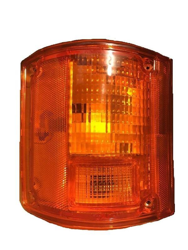 Holiday Rambler Ambassador Left (Driver) Replacement Rear Turn Signal Light Lens & Housing