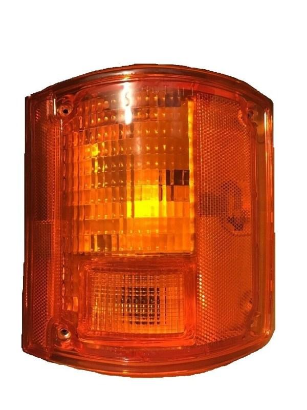 Holiday Rambler Ambassador Right (Passenger) Replacement Rear Turn Signal Light Lens & Housing