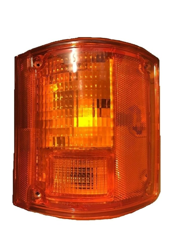 Monaco Monarch Right (Passenger) Replacement Rear Turn Signal Light Lens & Housing