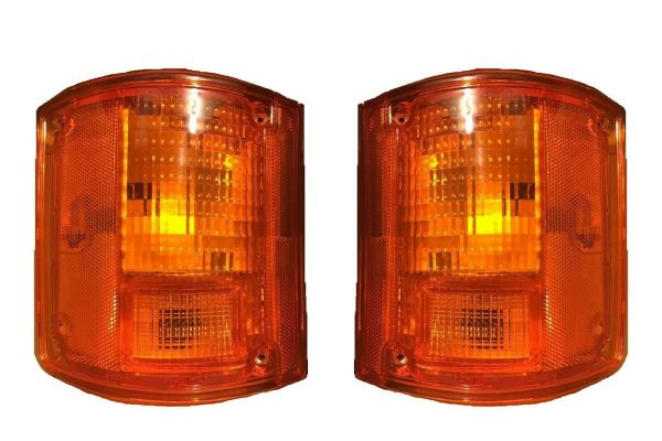 Fleetwood Excursion Replacement Rear Turn Signal Light Lens & Housing Pair (Left & Right)