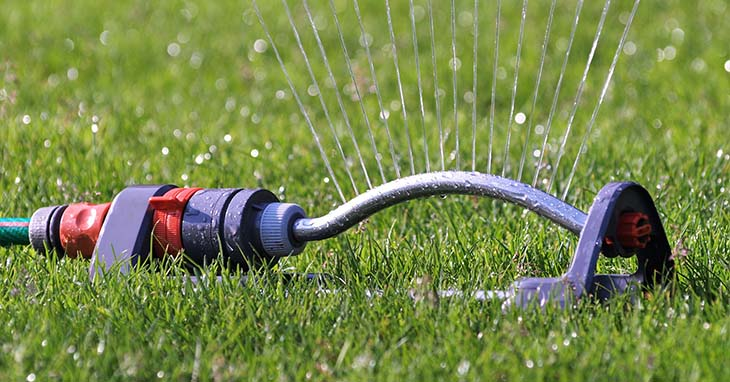Best Garden Sprinklers Review Oct 2018 A Complete Guide