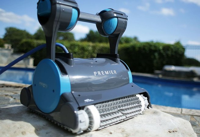 Top 10 Best Robotic Pool Cleaners Review in 2021- A Step By Step Guide 1