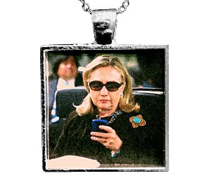 hillary clinton texting face